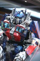 TGS Con 2010- Optimus Prime 02 by Constrictorz