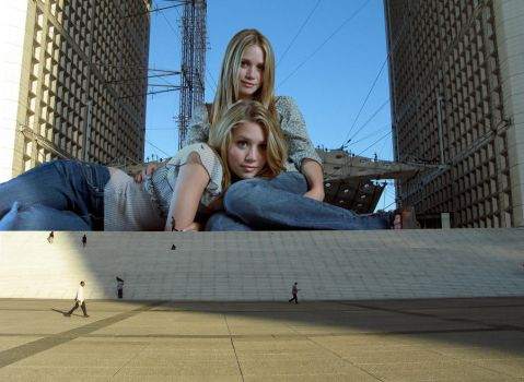 Olsen twins up the steps by Accasbel