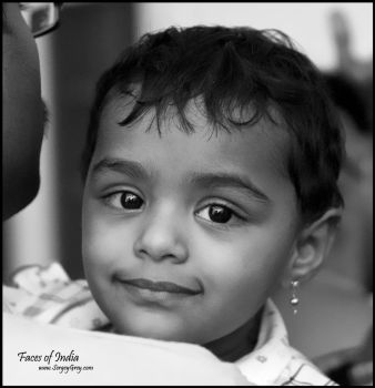 Faces of India. Baby by zoomzoom