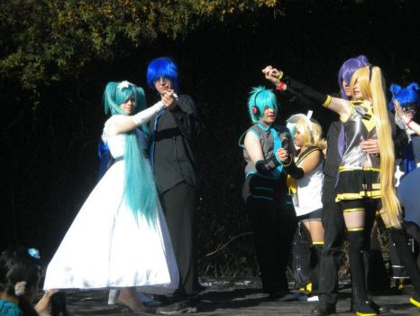 Vocaloid couples - SacAnime 2012 - 2 by Megof05