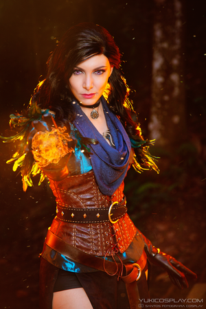 Yennefer Cosplay - Bring it on! by Yukilefay