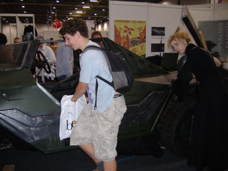I GOT TURRET - MCM Expo Oct 09 by hoeloe