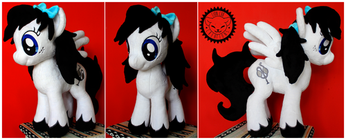 + Commission: Moon Shine + by LionCubCreations