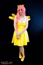 Fluttershy cosplay by Dreamer1005