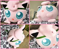 VS GIANT JIGGLYPUFF by Lexiipantz