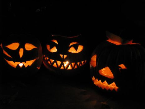 Pumpkins by LucyofChaos