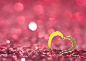 Golden heart by pqphotography