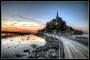 Mont St Michel by kakobrutus