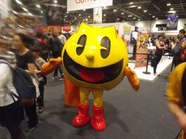 PAC-MAN Cosplayer by Collioni69