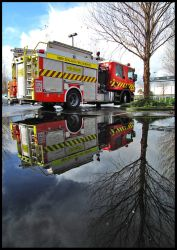 Firetruck reflected by eRiQ