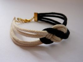 Nautical black and white rope knot bracelet by agarance