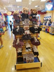 Build a bear hot topic by mkl91