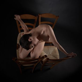 Anxiety with four chairs by fb101