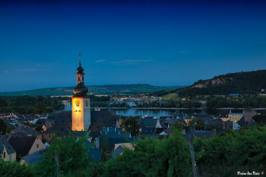 Rudesheim am Rhein by night by fraisedesbois68