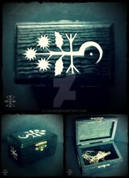 Datura Root Reliquary Box by Lolair