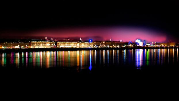 Bordeaux's night colors by CyrilRoussy