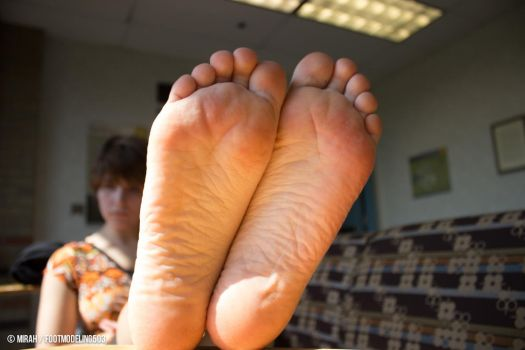 Mirah IMG 7431 tagged by FootModeling503