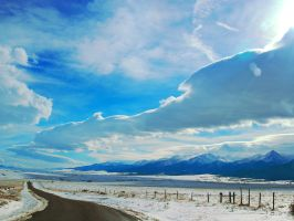 Converging sky and road by greenunderground