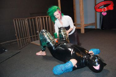 Rubber kitty Modenarr with Mistress Denali! by PetplayPalace