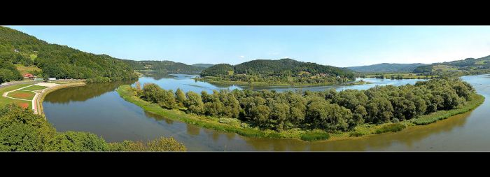 Panorama From Tropsztyn Castle by skarzynscy
