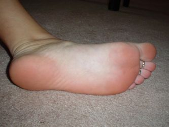 bare pink feet by FootFetish