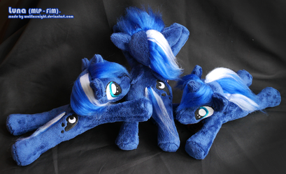 Luna Beanie Plushies by Wolflessnight
