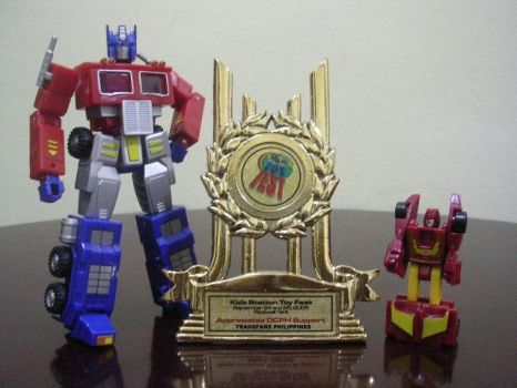 Toy Fest award to TFPH by transformersph