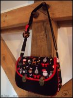 Xmas : Black and Red handbag by sarya-atelier