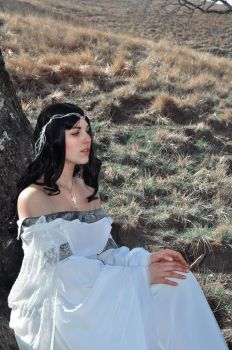 Luthien 1 by Jaymasee