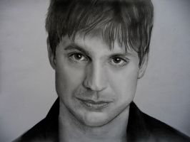 Gale Harold by ricagstettner
