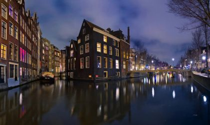 Amsterdam at night by donlope01