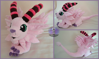 Chibi Magnadramon/Holydramon plush by ArtesaniasIris