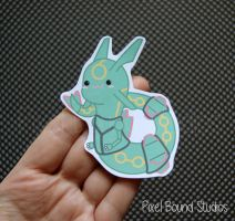 Chibi Rayquaza by pixelboundstudios