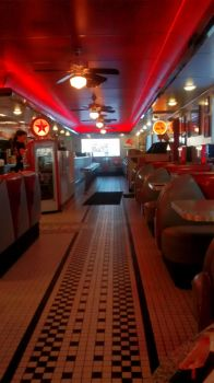 Thanksgiving Trip: Dixies Diner 12-12 by BansheeTK
