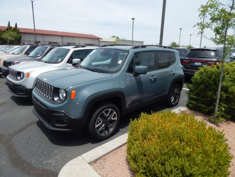 2017 Jeep Renegade Latitude by CadillacBrony