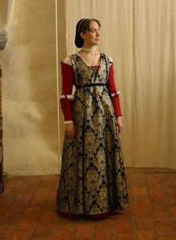 15th century Italian outfit take 2 by PetStudent