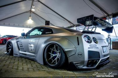 Nissan Skyline GTR R35 by sweetcivic