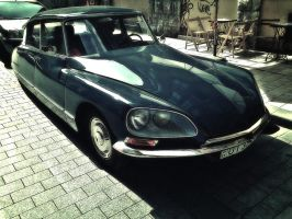 Citroen DS by Csipesz
