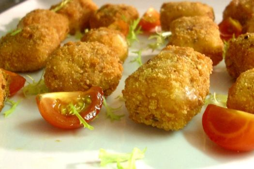 Deep fried brie canapes by richardnorth