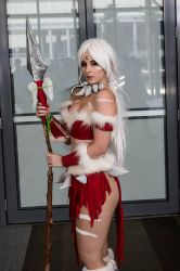Nidalee cosplay by BlondieeGaming