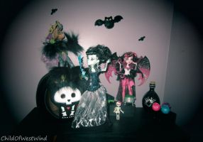 Monster High Ghoul's Rule: Group Two by Childofwestwind