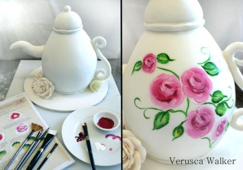 Hand painted Teapot by Verusca