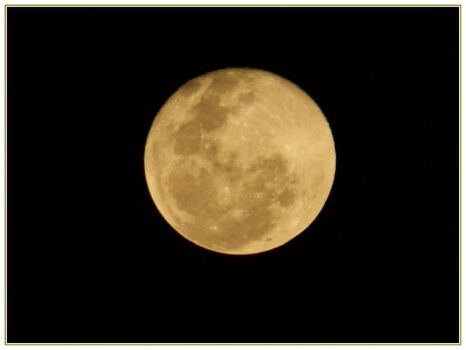 Full Moon on Buenos Aires by Naynee75