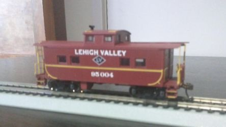 Lehigh Valley 95 004 Caboose by spencerbt123