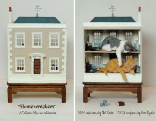 Homewreckers - 1:144 scale house with 1:12 cats by Pajutee