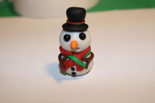 Snowman wearing a Top Hat by Lugiafan4life