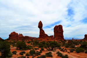 Balanced Rock by Delta406