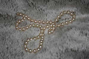 Pearls 001 by Skitsofrenika-Stock