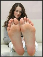 Cute Feet...For YOU! by tkltkltklyou
