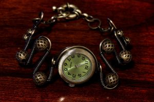 Steampunk Working Watch bracelet brass and Green by CatherinetteRings